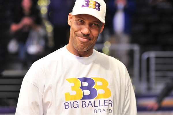 7f6ec5c18d65 President of the United States Donald Trump basically wanted a purple heart  for intervening with the arrests of UCLA players LiAngelo Ball