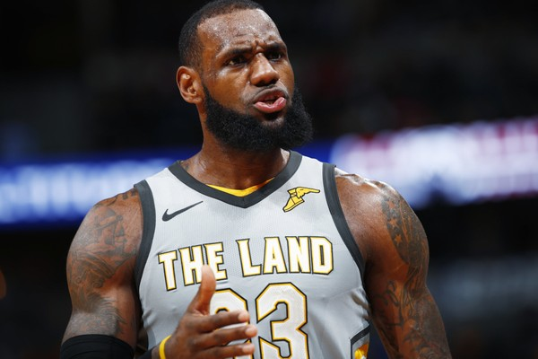 f624e4486 76ers Owner Believes LeBron James  Strongly  Considered Signing in ...